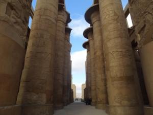 Sala Hipóstila no templo de Karnak - Acervo pessoal.