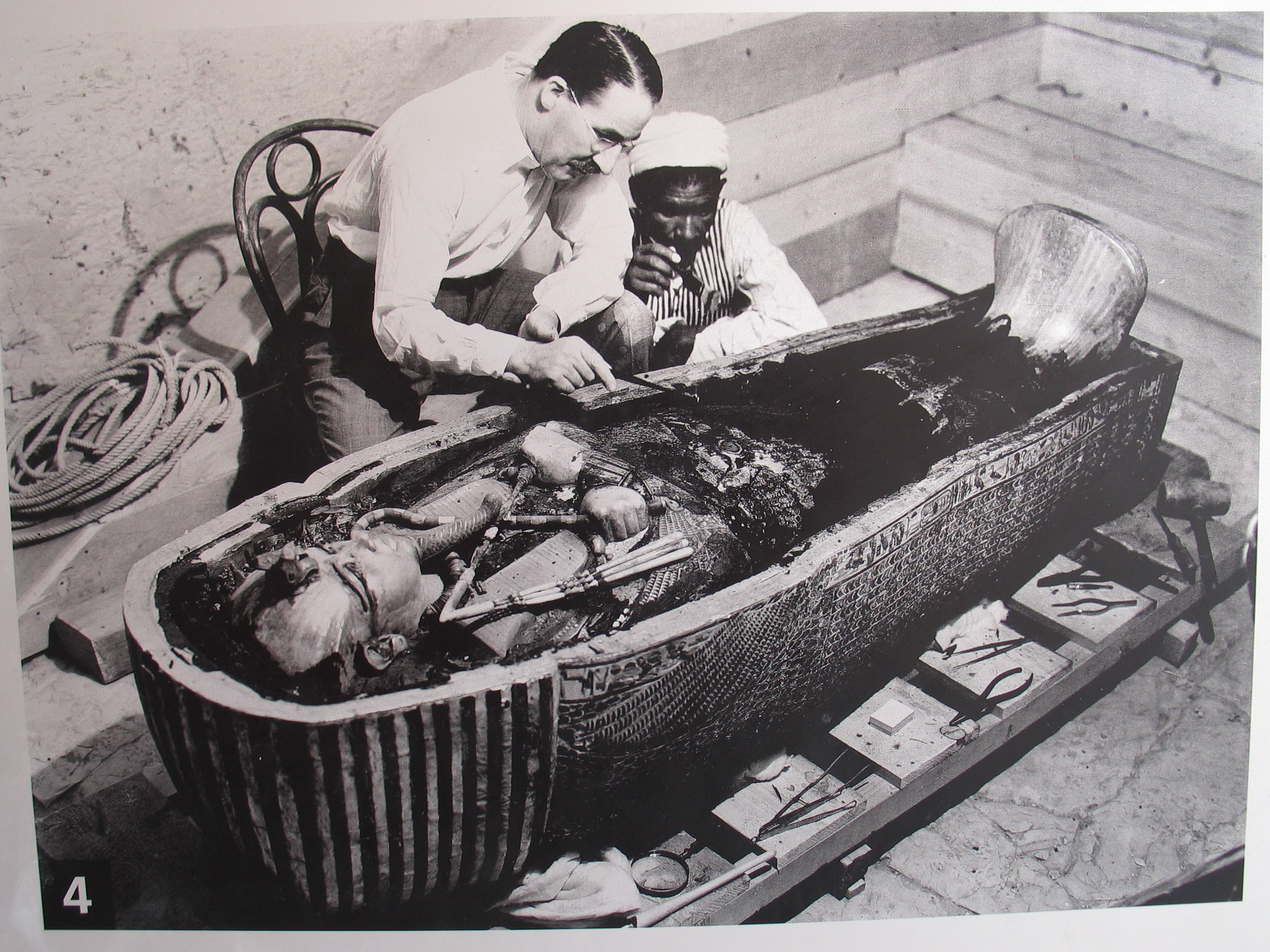 Nota: Em 16 de fevereiro de 1923, o arqueólogo britânico Howard Carter, rodeado pelos olhos atentos de alguns oficiais, abria a câmara funerária do faraó […]