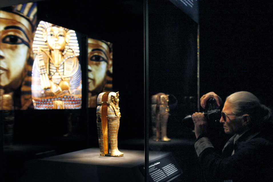 Em sua última palestra à noite em Nova York, o Dr. Zahi Hawass, secretário-geral do Supremo Conselho de Antiguidades do Egito, anunciou uma extensão de […]
