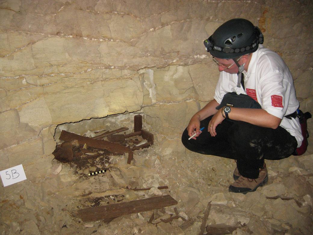 Pelo menos oito milhões de animais, especialmente cachorros e chacais, foram encontrados mumificados em um conjunto de catacumbas sob o deserto no Egito. O elaborado […]