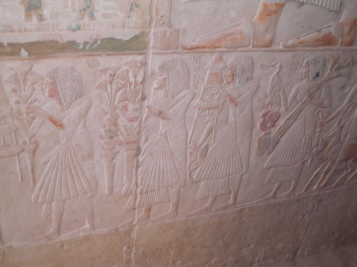 Amanhã o Dr. Zahi Hawass, Ministro de Estado das Antiguidades abrirá sete tumbas do Novo Império no Cemitério sul de Saqqara ao turismo pela primeira […]