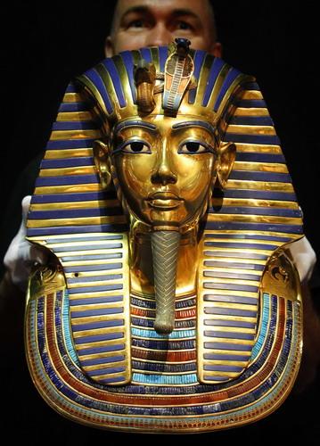 Até 70 por cento dos homens britânicos e metade dos homens da Europa Ocidental estão relacionados com o faraó egípcio Tutankhamon, dizem geneticistas na Suíça. […]