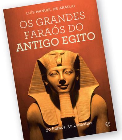 Dos 300 faraós que reinaram em três mil anos no Antigo Egito, o historiador Luís Manuel de Araújo destacou 30, sintetizando os respectivos reinados na […]