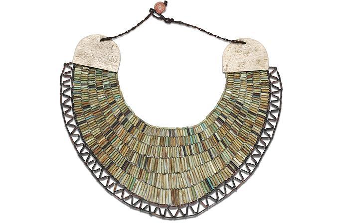 [Colar de Faiança – Segundo Período Intermediário] – Visualizando o Antigo Egito é uma série do site www.antigoegito.org que trará artefatos que estão espalhados pelos […]