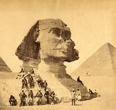 Abaixo segue uma sequência de imagens do Egito entre os anos de 1870 e 1929. Raríssimas e belas imagens que estão em museus ou coleções […]