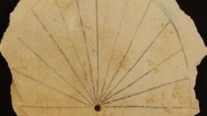 Relógio Solar - Acessado em 22 de março de 2013 em http://www.presstv.ir/detail/2013/03/14/293608/ancient-sundial-unearthed-in-egypt/